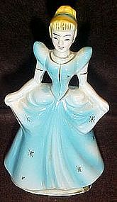 Walt Disney Cinderella figurine, Wales china 1960
