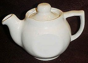 USA white teapot, personal resturaunt size
