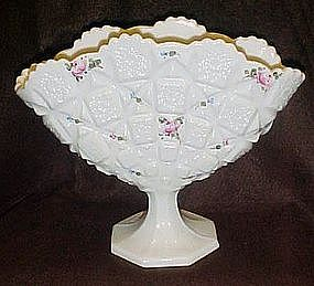 Westmoreland old quilt fan vase with  pink roses