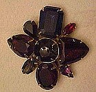 Nice vintage pin with large multi color rhinstones