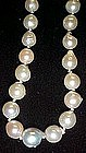Nice  baroque pearl necklace
