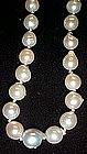 Nice  baroque pearl necklace