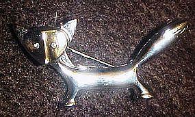 Silvertone fox pin with rhinestone eyes