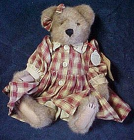 Boyds bear, Savannah Berrrywinkle & Bently QVC retired