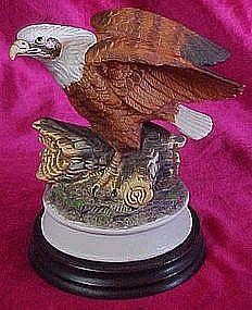 Americana Birds in Flight Collection, Eagle figurine