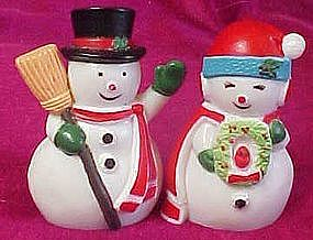Mr. & Mrs. Snowman plastic salt & pepper shakers