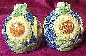 Hand painted blue and yellow sunflower shakers