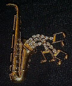 Saxophine with rhinestone accents pin, Moveable notes