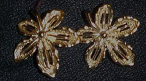 Vintage sarah Coventry Ivy earrings, goldone clips