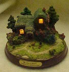 Thomas Kinkade lighted cottage figurine Heather's Hutch