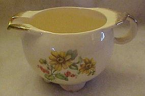Paden City Pottery PCP60, yellow daisies creamer