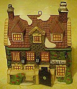 Dept  56 Dickens Dedlock Arms,cottage ornament