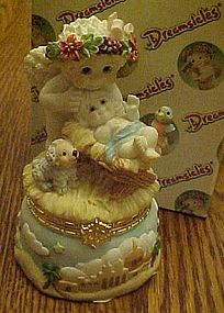 Dreamsicles Cherub in a Manger hinged box, retired