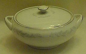 Royalton China EG3301 covered vegetable bowl