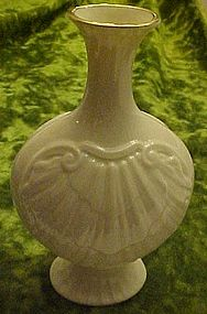 Lenox  ivory and gold shell vase USA