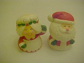 Hallmark Mr. & Mrs Santa Claus shakers waving