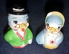 Vintage anthropomorphic blue birds  shakers