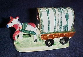 Horse and covered wagon salt and pepper shakers