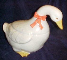Vintage Otagiri white duck cookie jar with ribbon