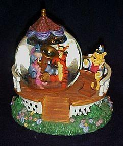 Disney muscial snowglobe, 100 acre Concert Pooh & Pals
