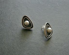 Hawaiian Modernist Merle Boyer Sterling Pearl Earrings