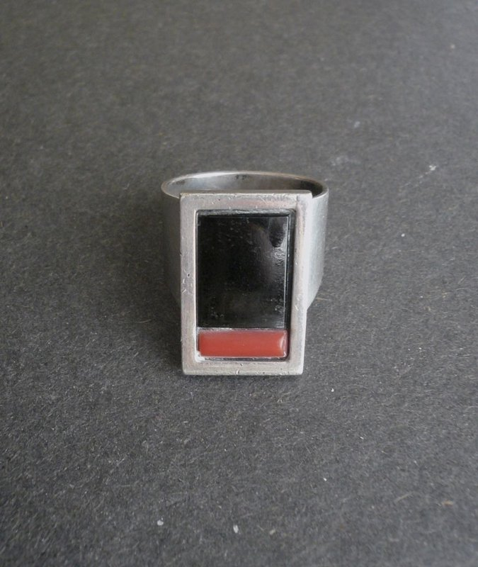 Sterling Silver Onyx Coral Ring Signed Trujillo Size 10.5 Modernist
