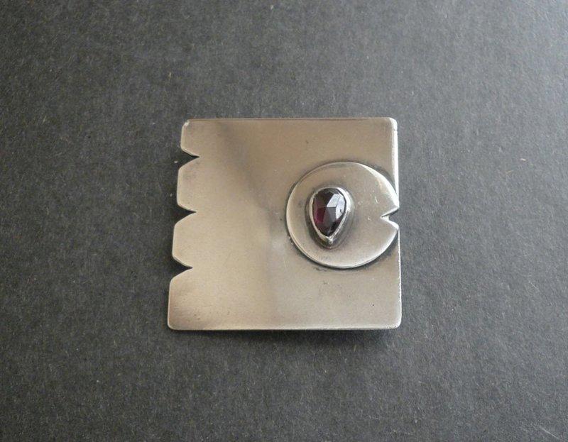 Sam Kramer Modernist Sterling Silver Fish Brooch with Amethyst Eye