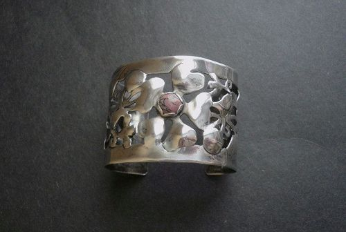 Vintage Hand Wrought Arts and Crafts Sterling Cuff Bracelet W/ Stone
