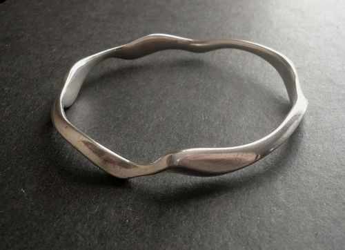 Modernist Ronald Pearson Sterling Heavy Wavy Bangle Bracelet