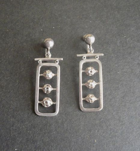 Erika Hult de Corral Modernist Sterling Earrings Taxco RIC Pagodas