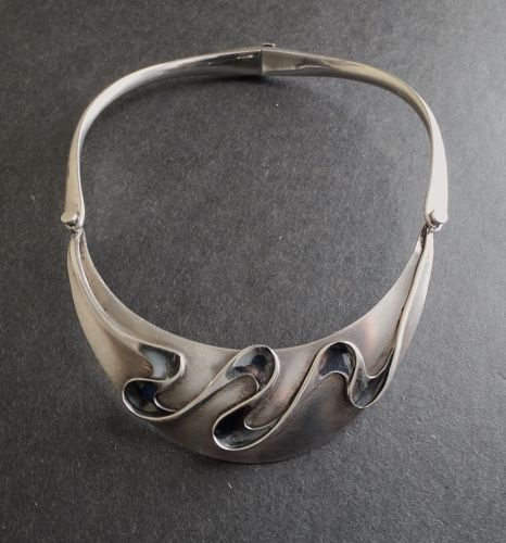 Vintage Modernist Sigi Sterling Ribbon Wave Necklace Pineda Tasco