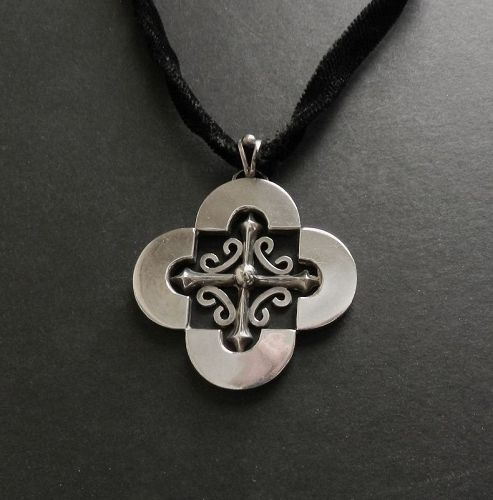 Antonio Pineda Design Taxco Sterling Cross Quatrefoil Velvet Necklace
