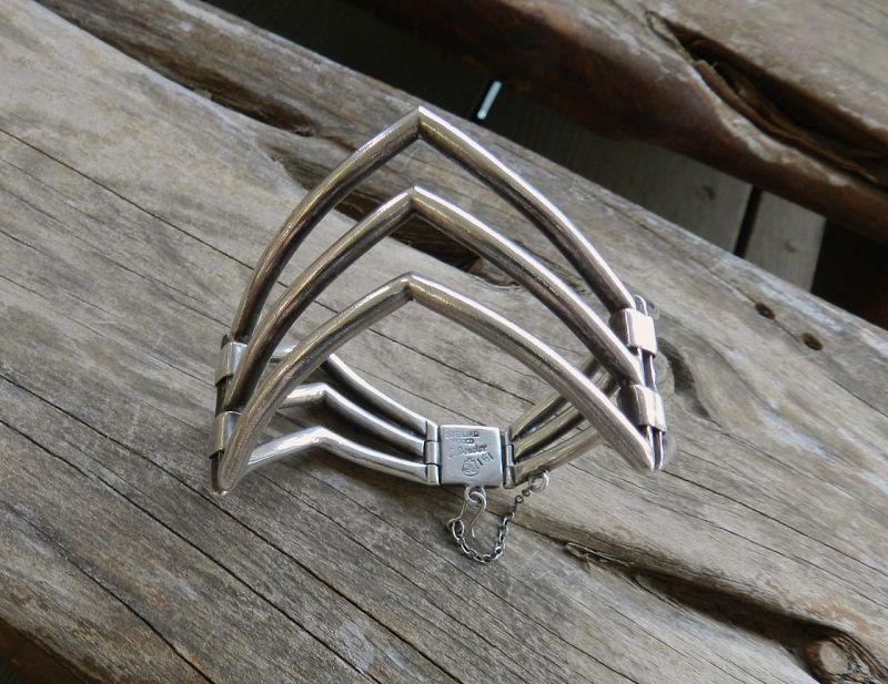 Vintage Salvador Teran Bracelet Zigzag Taxco 161 Sterling Hinged Eagle