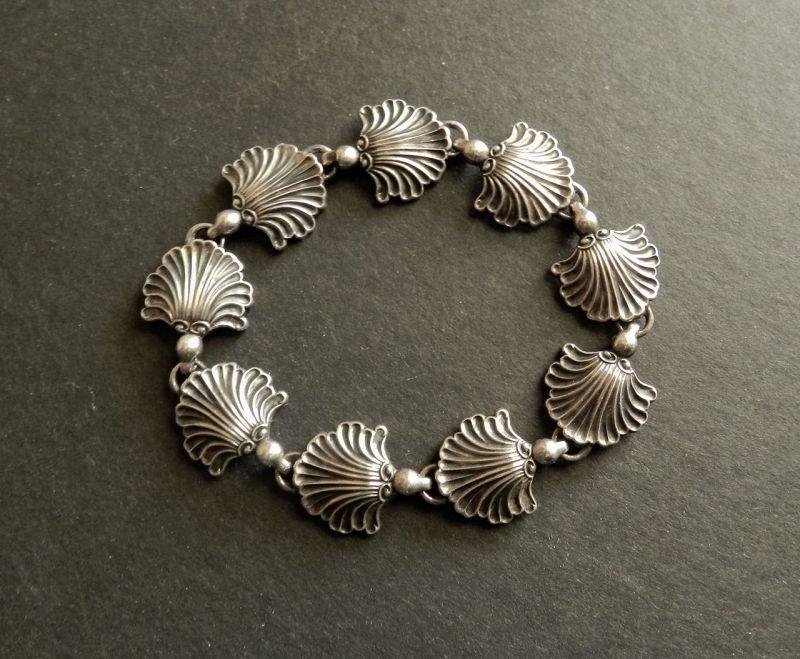 Arts & Crafts Carl Ruopoli Sterling Silver Shell Bracelet Hidden Clasp