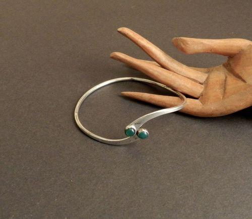 Vintage Modernist Ed LEVIN Sterling Chrysoprase Cabochon Bracelet Adj