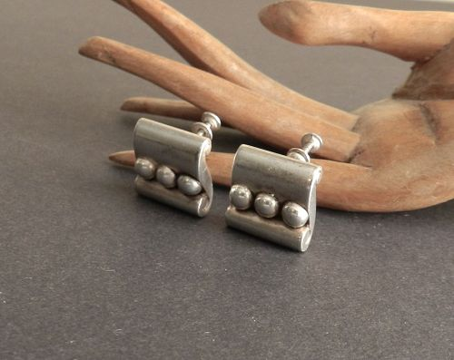1940-45 Hector Aguilar Taxco Early Sterling Earrings Scroll Beads HA
