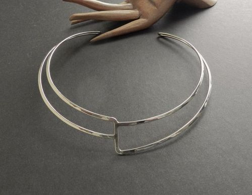 Vintage Modernist Ed Levin Sterling Silver Hammered Collar Neck Ring