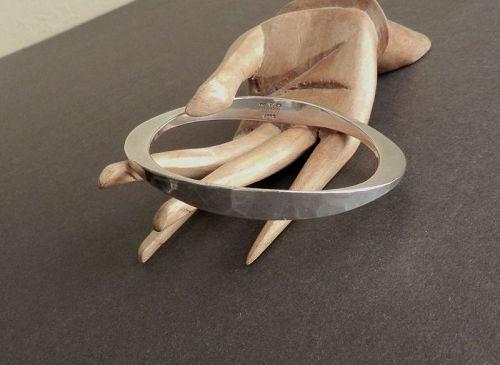 Tone Vigeland Norway Hammered Sterling Bangle Bracelet Modernist