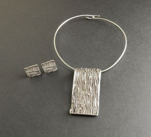 Knud V Andersen KVA Bark Sterling Pendant Collar & Earrings Modernist