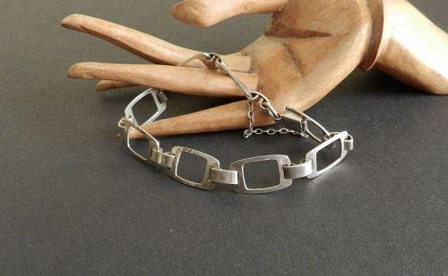 Modernist Finland Kultaseppa Salovaara Ky Bracelet Sterling w/ Safety