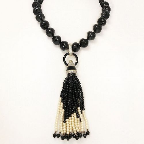 Early Valentino Tassel Necklace
