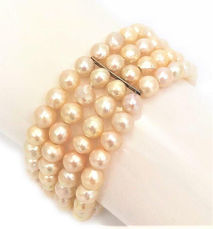 Vintage Ming's Pearl and 14 Karat Gold Bracelet