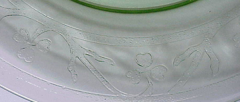 "Clover Leaf ""shamrock"" 8"" luncheon plate  -green"
