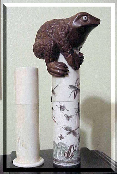 Japanese rootwood warty toad frog ox bone scroll holder