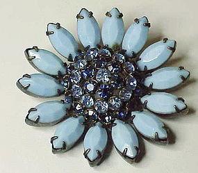 Schreiner floral brooch