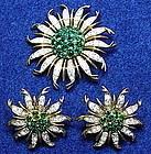 Trifari sunburst emerald & rhinestone brooch & earrings