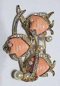 Carnegie triple coral fish playing in seaweed  brooch