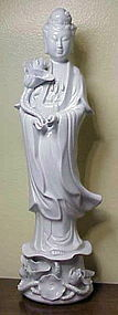 Blanc de Chine Quan Yin (Kwan Yin) Goddess of Mercy.