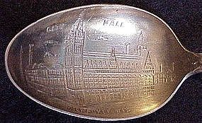 Sterling souvenir spoon: Milwaukee Wisconsin City Hall