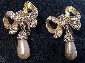 Swarovski America rhinestone bows & Pearl drop earrings